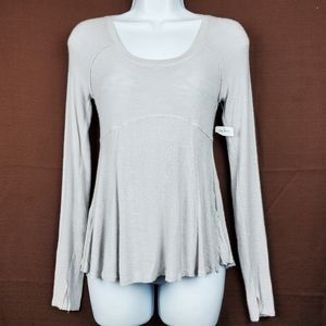 FREE PEOPLE Grey Long Sleeve Scoop Neck Top S